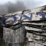 Výtržníci, resp. hráči GTA IV, zapálili sklad Sony v Londýně